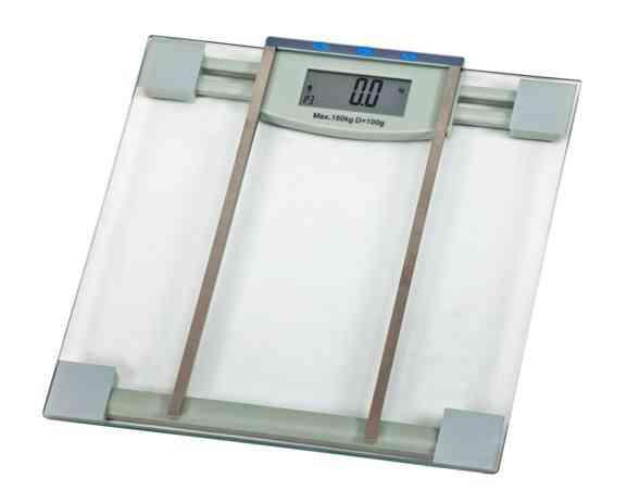 משקל ומכשיר מדידת אחוזי שומן