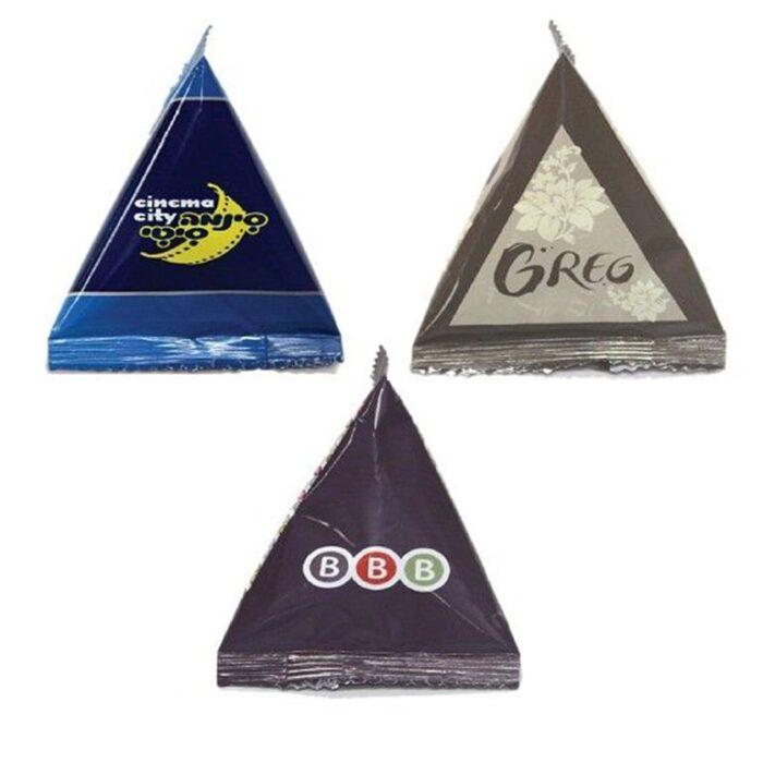 עדשי שוקולד באריזת פרמידה ממותגת