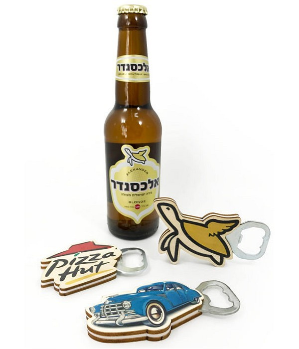 פותחן בקבוקי בירה ממותג בחיתוך צורני
