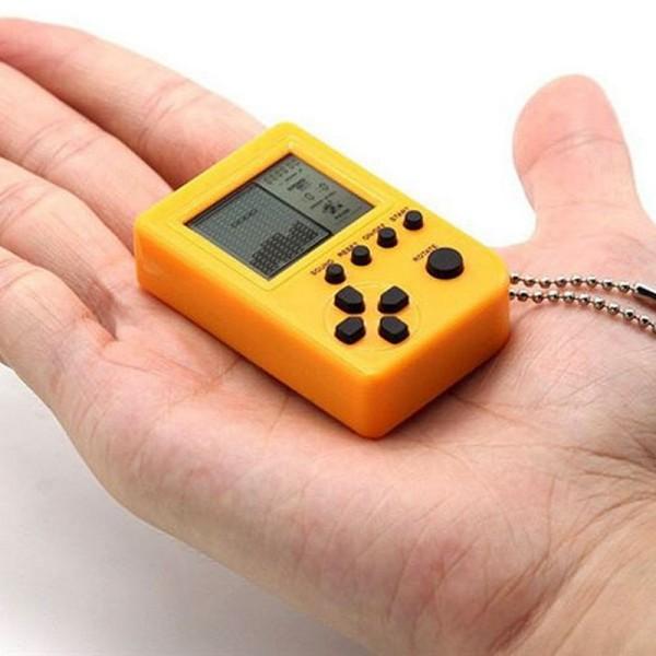 גיים בוי מחזיק מפתחות עם 26 משחקי רטרו