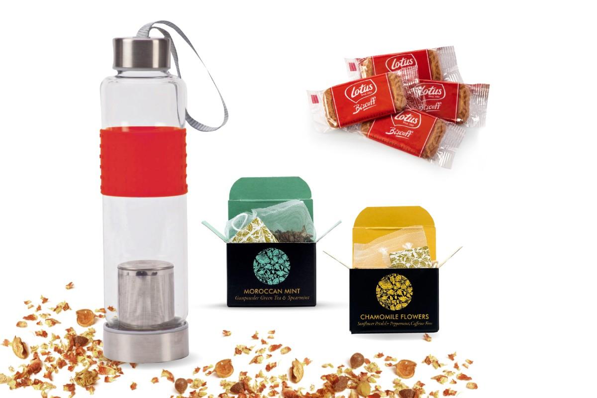 בקבוק זכוכית לחליטות תה עם יחידות תה ועוגיות - תיבו