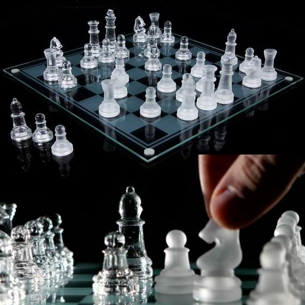 שחמט זכוכית דקורטיבי