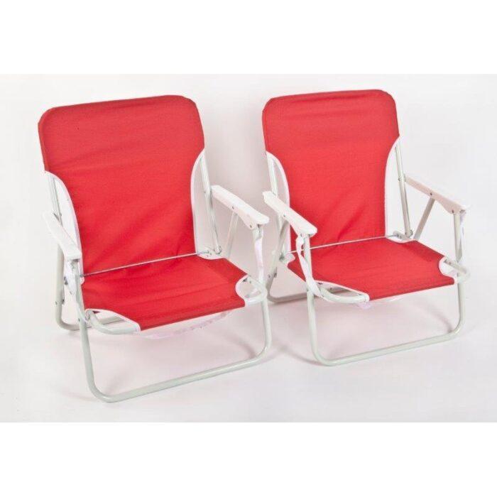 זוג כסאות פיקניק וחוף