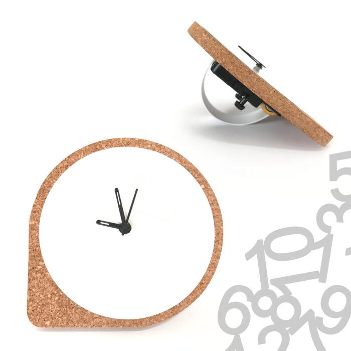 שעון שעם שולחני ממותג למשרד